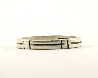 Vintage Bar Design Band Ring 925 Sterling Silver RG 1965
