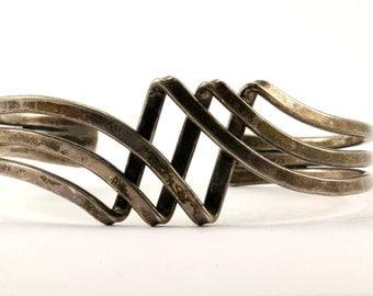 Vintage Wave Design Cuff Bracelet Sterling Silver BR 2375