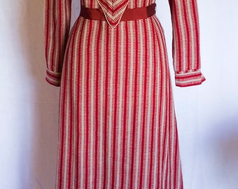 Exceptional 1930s Wool Mix Art Deco Chevron Day Dress by Viyella with the BEST details NICE size