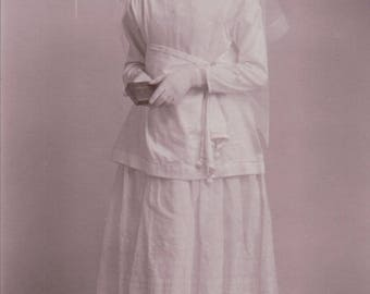Studio Photograph of a Young Woman Ready For Confirmation. - Postcard - Blank.