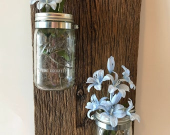 Barn wood vase, barn wood mason jar, mason jar wall vase, barn wood decor, rustic farm vase, rustic barn wood wall decor, hanging vase