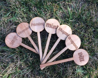 Garden Stakes- 7 pack