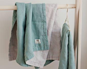 Linen Baby Blanket, Peppermint Green/Grey Blanket, Nursery bedding, Baby Gift, Newborn Blanket