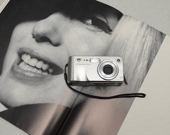 HP Photosmart M415 digital camera with 3x Optical Zoom lens