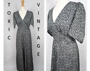 VINTAGE 1960's 1970's Black & White DITSY Floral V Neck MAXI Dress. Uk Size 12. Boho, Retro, Chic, Elegant, Pretty, Evening, Sophisticated