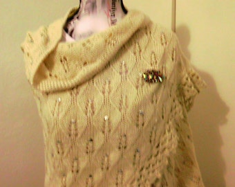 Handmade beige shawl with sequins / 80 S