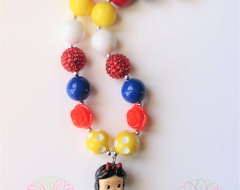 Princess Snow White Chunky Bubblegum Necklace, Chunky Bead Necklace, Girls Jewelry, Little Girl Chunky Necklace, Bubblegum Necklace