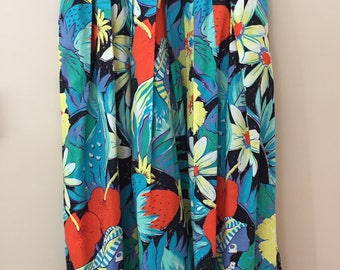 Late 1970s Vintage Turquoise Floral Mid-Length Cotton Full Skirt with High Waist