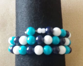 Blue and white memory wire bracelet and earrings