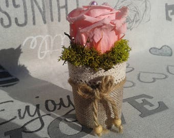 Eternal rose, floral, flower arranging, pink pastel pink in a pretty vase glass burlap and lace