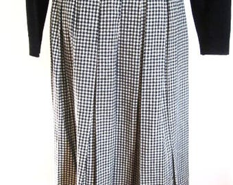 S M 50s Skirt Black White Checks Wool Woven Pleated School Girl Classic Vintage Look by Don Loper of California Small Medium