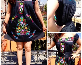 Black Little dress off the shoulder Mexican dress,Mexican embroidered Dress