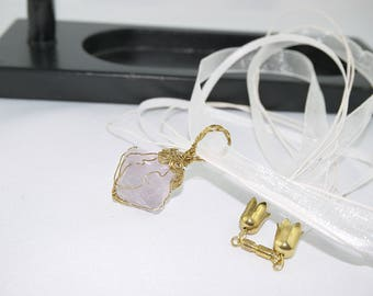 FLUORITE PENDANT real ROSE and organza cord