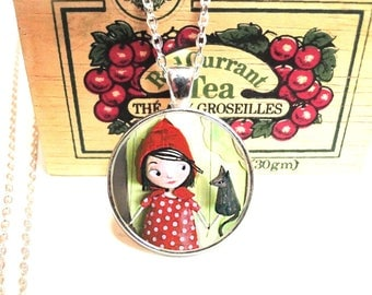 Long necklace, necklace, little Red Riding Hood fairy tale, little red hood reding