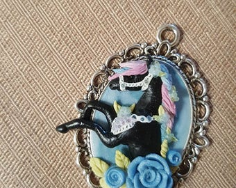 Necklace horse made by hand, polymer clay