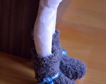 Grey fluffy boots for Minifee BJD