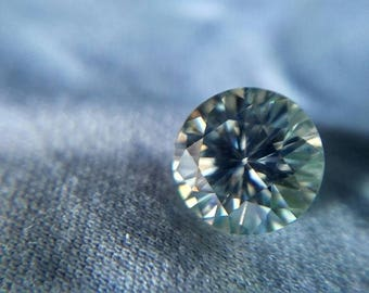 8.5mm Loose Off-White cool-tint Round Moissanite -- USA+Video