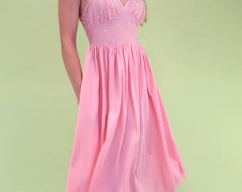 Special piece! Pale pink vintage slip with mesh and embroidery detail SIZE S