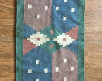 Beautiful Vintage Southwestern Wool Rug/Wall Hanging