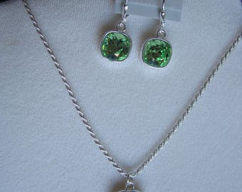 Peridot Swarovski crystal pendant necklace and earring set
