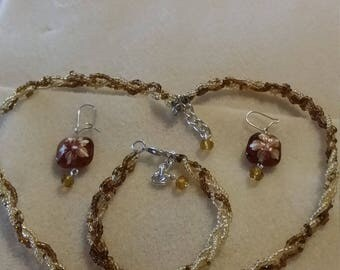 Brown,and cream 3 pice jewelry set