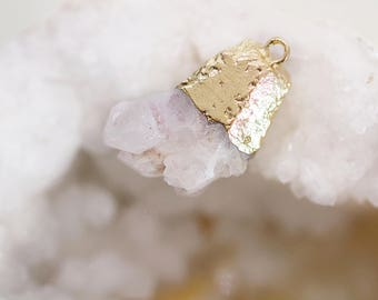 White Druzy Pendant Necklace - Gold Dipped White Druzy Crystal - White Geode Necklace - White Crystal Pendant - Natural Jewellery - White