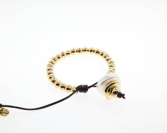 Bracelet with Resin elaborated in Zamak with Gold Finish. M-179-O