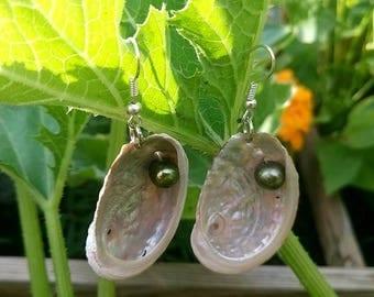 """Earrings """"Mermaid"""" shells and pearls"""
