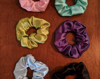 Flannel Lined Satin Hair Scrunchies