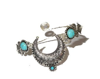 Crescent moon silver ethnic bohemian upper arm bracelet, armlet with turquoise stone.