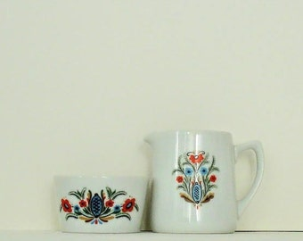 Vintage ceramic creamer and sugar bowl by Berggren Originals- Berggren Trayner with a Swedish floral rosemaling pattern