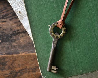 Steampunk Skeleton Key Necklace - Mens Skeleton Key Necklace - Antique German Skeleton Key - Leather Necklace -Mens Key To My Heart Necklace