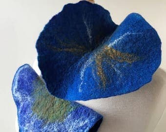 Flower Fiber Art Lariat Scarf in Greens and Blues, Hand Felted, Merino Wool, Silk, Necklace, Wrap, Unusual, Floral, Nature, Gift for Her