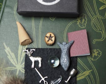 Pocket Wiccan Altar Set - Wand, Athame, Chalice, Pentagram - For Travelling Witches, Witchcraft