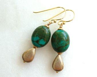 Modern Green Arizona Turquoise Gemstone Earrings in Gold...