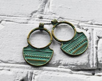 Antique Brass Verdigris Metal Flat Medallion Earring Charm- Boho Brass Hoop Charms Blue Green Patina-  Antiqued Jewelry Supply- Set of 10