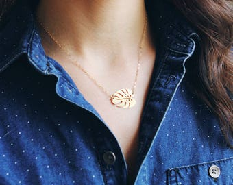 Small Monstera Leaf Necklace | Monstera Necklace | Leaf Necklace | Leaf Jewelry | Monstera Jewelry | Palm Leaf Necklace | Monstera Gold