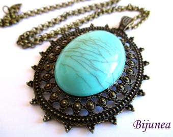Turquoise brass pendant necklace n812