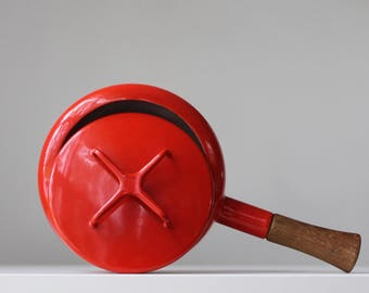 Red Dansk Enamel Pan, Dansk Kobenstyle Fondue Pan, Kobenstyle Sauce Pan, Dansk Designs France, Jens Quistgaard, Scandinavian Modern Home