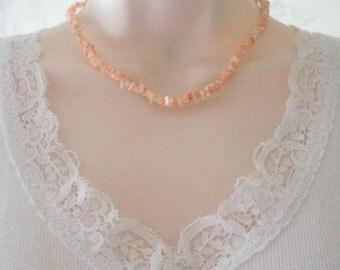 """Vintage Angel Skin Coral Chip Choker Necklace Gold Metal Barrel Clasp 16"""" Length"""