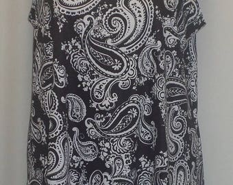 Plus Size Tank Top, Plus Size Tunic, Coco and Juan, Lagenlook, Black White Print, Angled, Tank Top Size 1 Fits 1X,2X Bust  to 50 inches