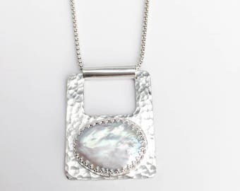 Hammered Silver Pearl Pendant Necklace - June Birthstone - Freshwater Pearl - Silver Rectangle White Pearl Necklace - Bohemian Jewelry