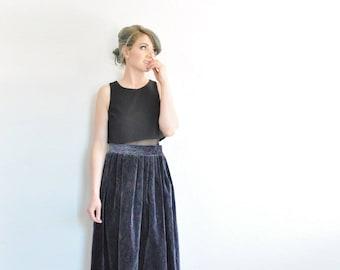 pleated paisley velvet skirt . dark charcoal gray . plush print pattern .large