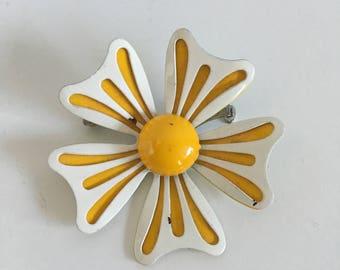 Vintage Jewelry Women's 60's Enamel Pin, Flower, Yellow, White, Mod