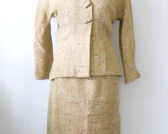 Vintage Ladies Suit • Saks Fifth Avenue • Oatmeal Skirt and Jacket