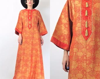 70s Vintage Chinese Brocade Dress Tassels Asian Dress Long Sleeve Red Gold Floral Embroidered Dress Traditional Ethnic Dress Robe (S) 9042