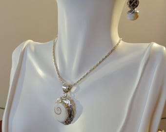 jewelry, hand crafted Necklace and Earring Set