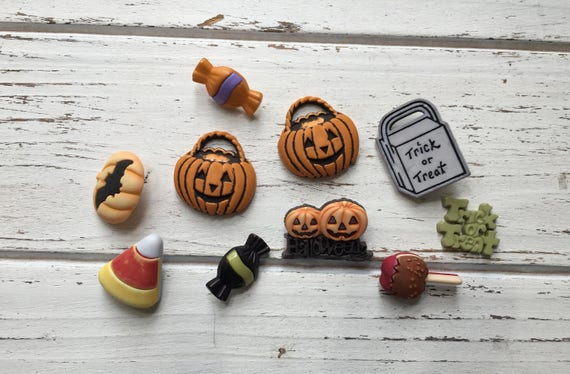 """Halloween Themed Buttons, """"Trick or Treat"""", Packaged Novelty Buttons by Buttons Galore, Style 4516, Shank Back and Flats, Embellishments"""