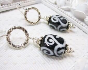 Vertigo black and white lampwork earrings, lampwork earrings, glass earrings, black tie earrings, new years eve jewelry