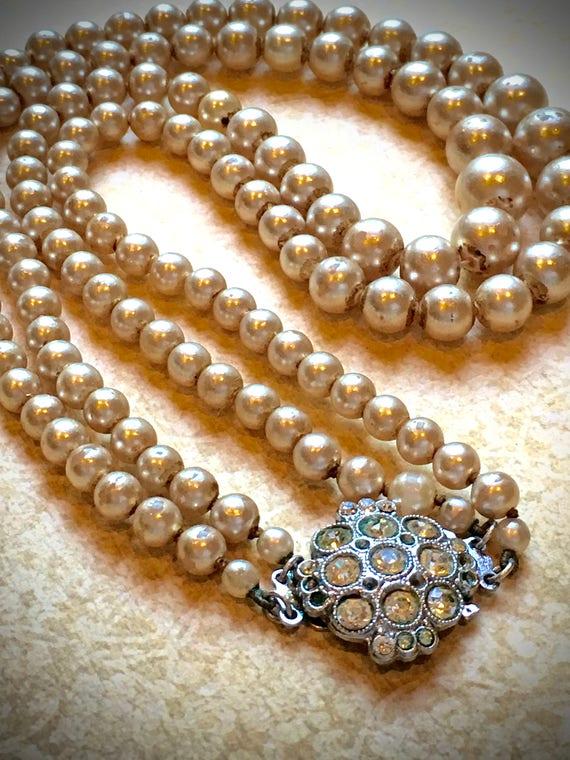 2 Strand Vintage Pearl Necklace